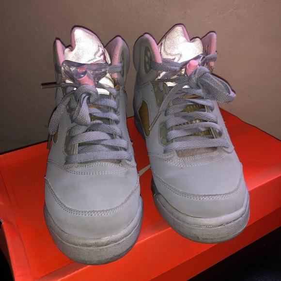 5eb58fbdefb5ec Jordan Other - Nike Air Jordan Retro 5 Wolf Grey Pink